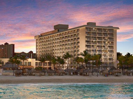 Newport Beachside Resort